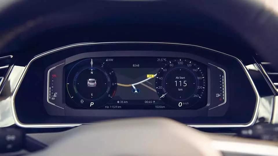 Nuova Volkswagen Passat: Digital Cockpit.