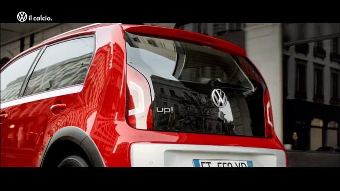 Volkswagen sul set per il lancio della nuova cross up!