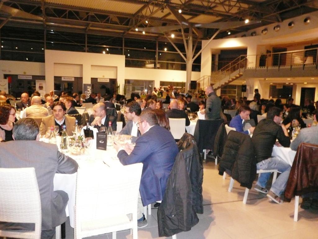 28 marzo 2015 –  Mandolini Auto ospita il primo Sport Live Club