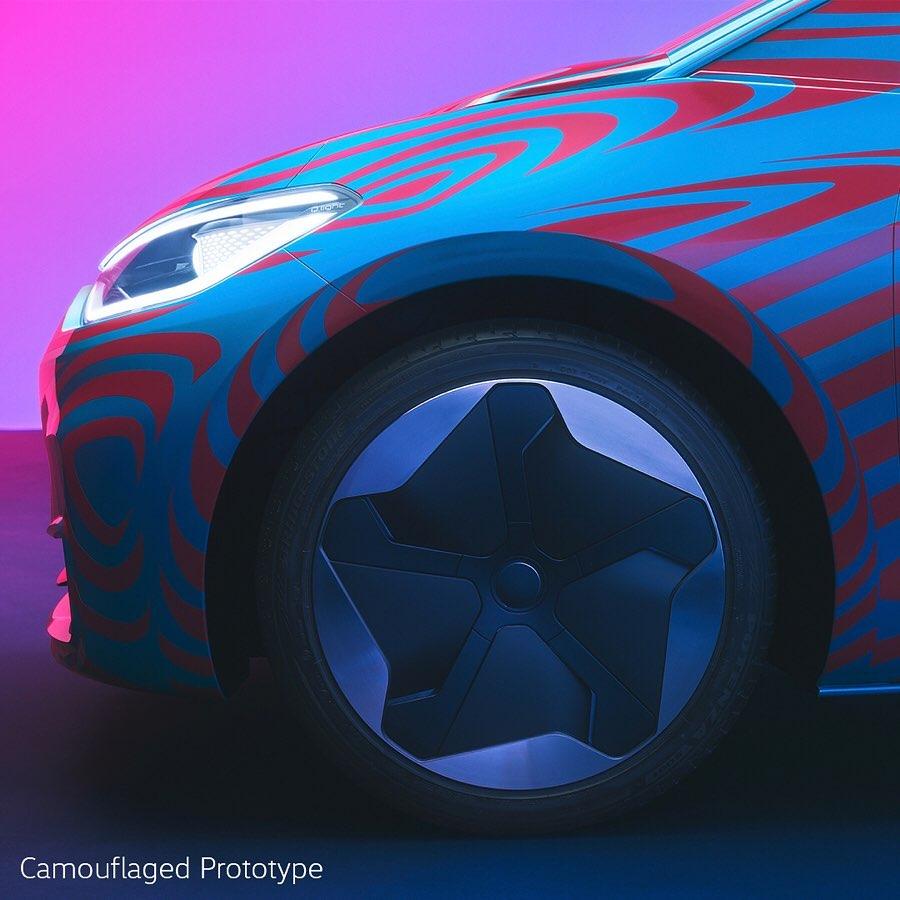 Volkswagen ID: autonomia e modalità di ricarica.