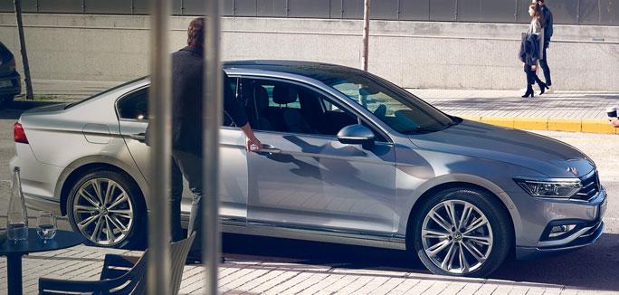 Volkswagen Passat da €329 al mese