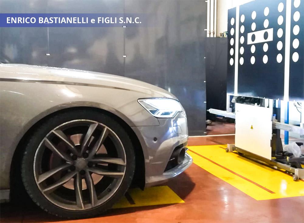 Regolazione sistemi di assistenza alla guida Audi