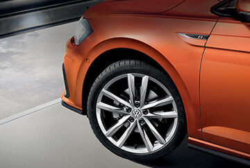 È tempo del cambio di stagione per la tua Volkswagen. Pneumatici Continental in offerta a 277 euro.